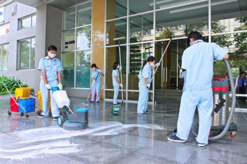 Dịch vụ vệ sinh định kỳ cho nhà máy khu công nghiệp và bệnh viện tòa nhà